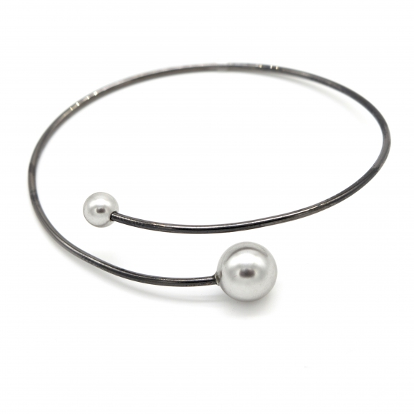 Bracciale Eclat in argento rigido con perle grigie