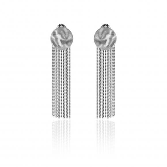 Orecchini Eclat in argento pendenti con disco martellato e nappine