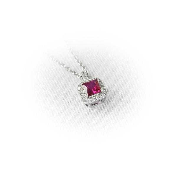 Collana Fogi in argento a girocollo con zircone rosso quadrato