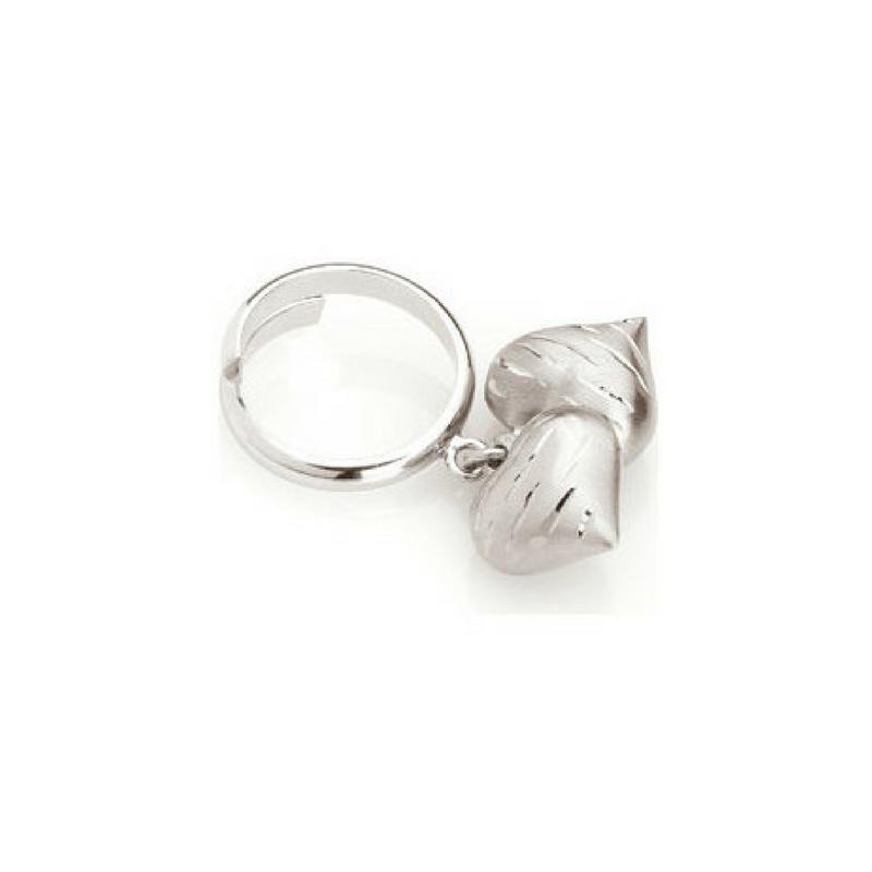 vasta selezione di ad6e0 dc2cc Anello Nomination in acciaio con charm cuori pendenti